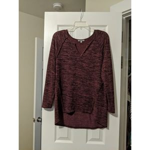 | maroon long sleeve |